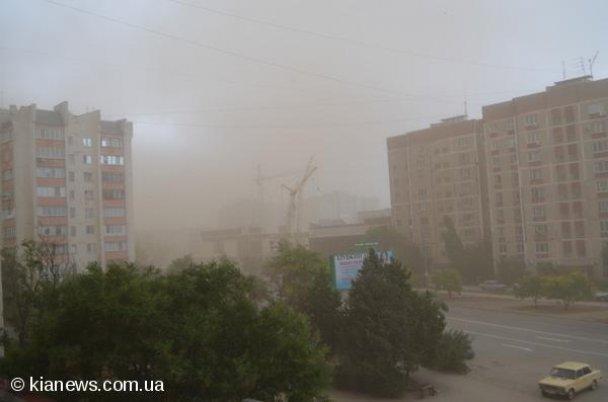 Пылевая буря в Крыму (3) (608x402, 25Kb)