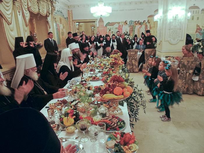 Из-за посещения Медведевым спорных островов Курил в Токио грозят отменой визита в Россию главы МИД Японии - Цензор.НЕТ 181