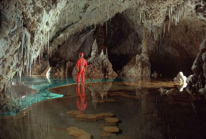 пещеры6 (700x472, 137Kb)