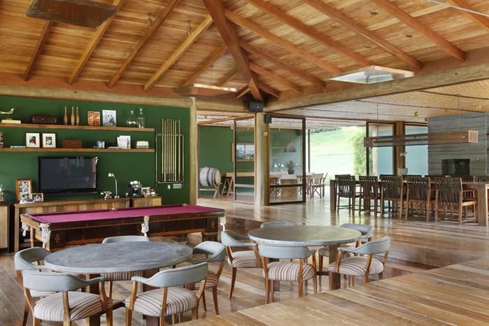 Уютный летний домик у озера от Карлы Беллетти