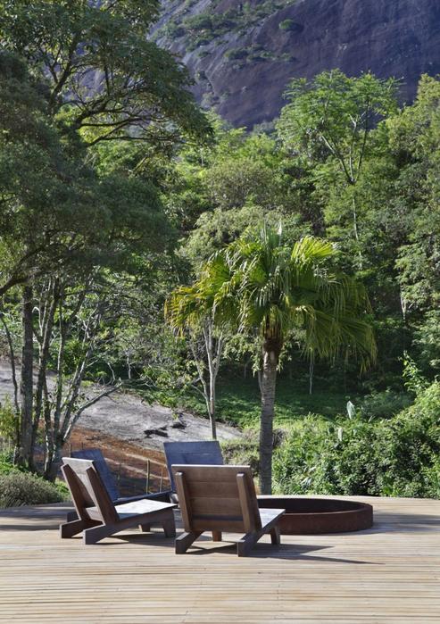 Уютный летний домик у озера от Карлы Беллетти 13 (493x700, 485Kb)