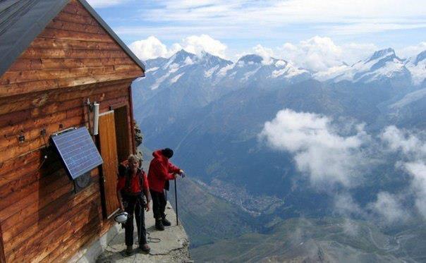 Самая высокая горная хижина швейцарских Альп (604x373, 36Kb)
