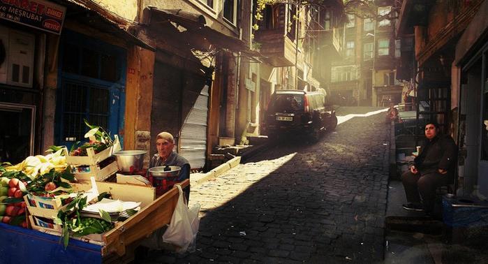 Cтамбул на фото Петра Ловыгина 4 (700x378, 93Kb)