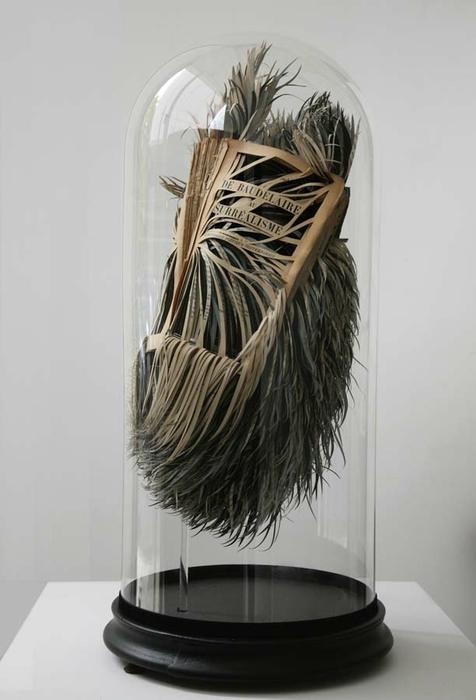 креативные скульптуры из книг 1 (476x700, 138Kb)