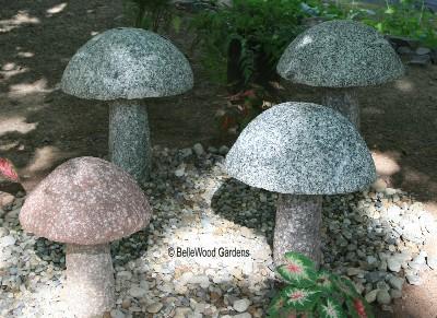 Декор для сада грибы