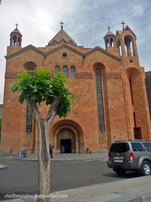 Фотопутешествие в Ереван 8 (525x700, 407Kb)