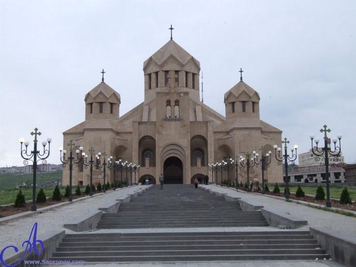 Фотопутешествие в Ереван 19 (700x525, 71Kb)
