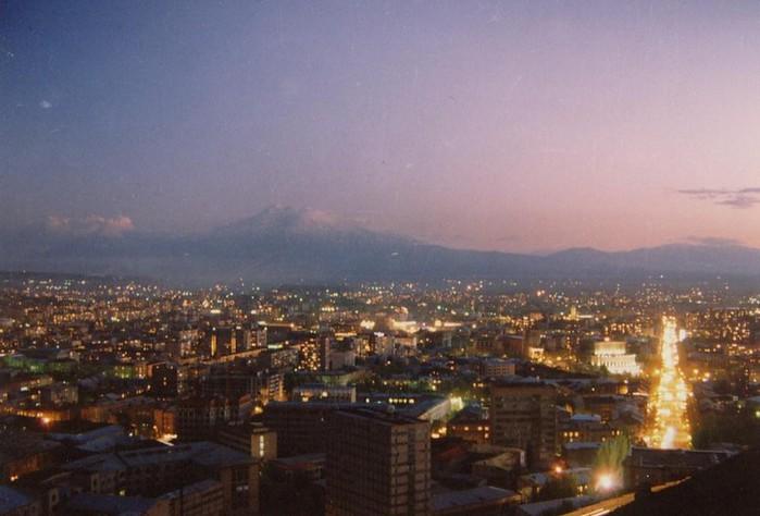 Фотопутешествие в Ереван 29 (700x474, 72Kb)