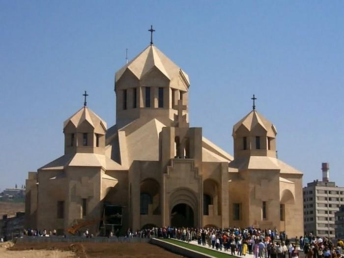 Фотопутешествие в Ереван 33 (700x525, 64Kb)
