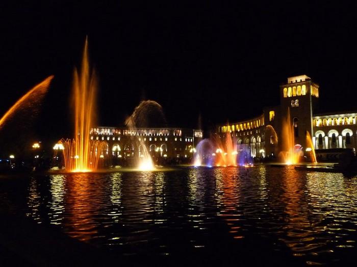 Фотопутешествие в Ереван 35 (700x525, 79Kb)