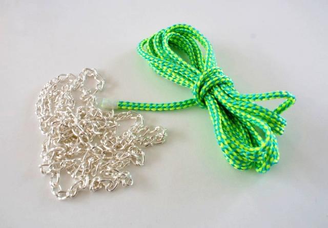 Цепочка, шнурок – браслет (мастер-класс)