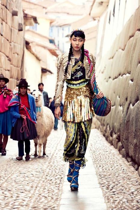 модная фотосессия в этническом стиле 9 (466x700, 277Kb)