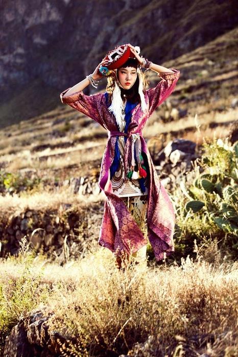 модная фотосессия в этническом стиле 11 (466x700, 309Kb)