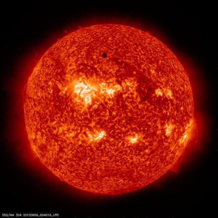 космические фото наса (700x700, 151Kb)