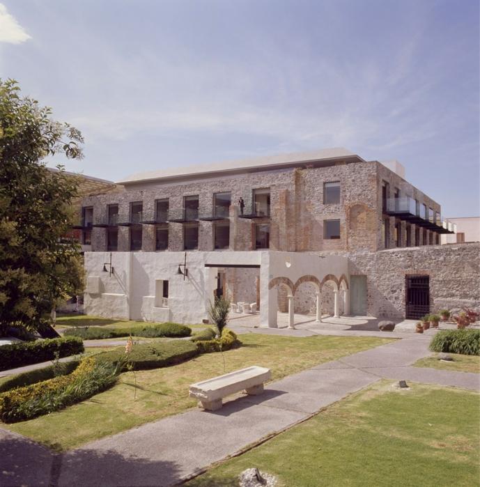 отель в монастыре фото (689x700, 350Kb)