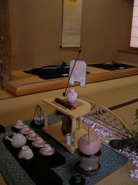 Токонома в комнате для чайной церемонии (480x640, 106Kb)