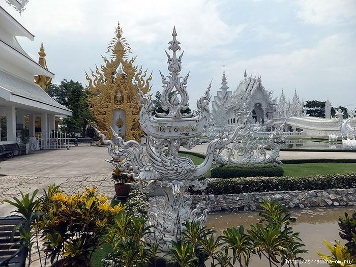 Белый Храм в Чианг Рае, Тайланд, 1 (700x525, 326Kb)