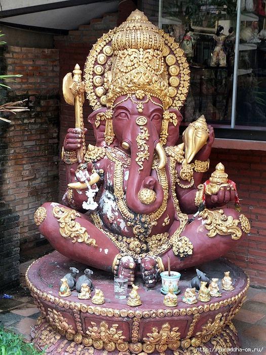 скульптуры Богов, Тайланд, 1 (525x700, 371Kb)