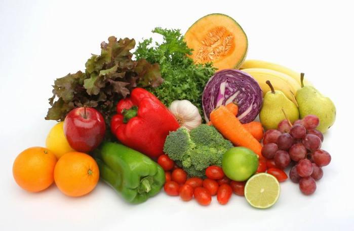 Осторожно, первые овощи и фрукты