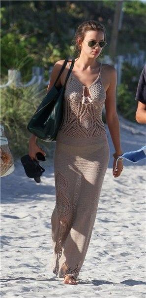 Пляжное платье с вязаным