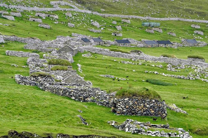 заброшенная деревня фото 3 (700x465, 215Kb)