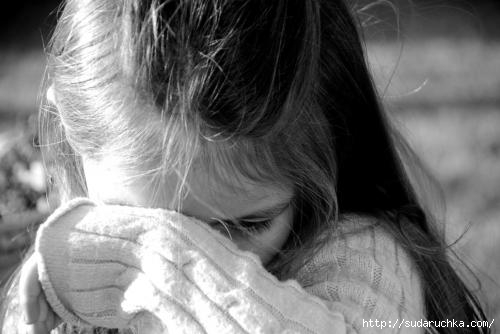 4360308_Crying_by_Bleavnluv_1 (500x334, 70Kb)