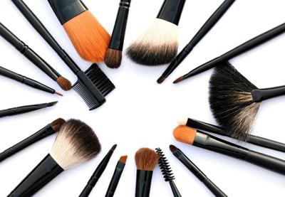 кисточки для макияжа/4310316_kistochki_dlya_makiyaja (400x277, 101Kb)
