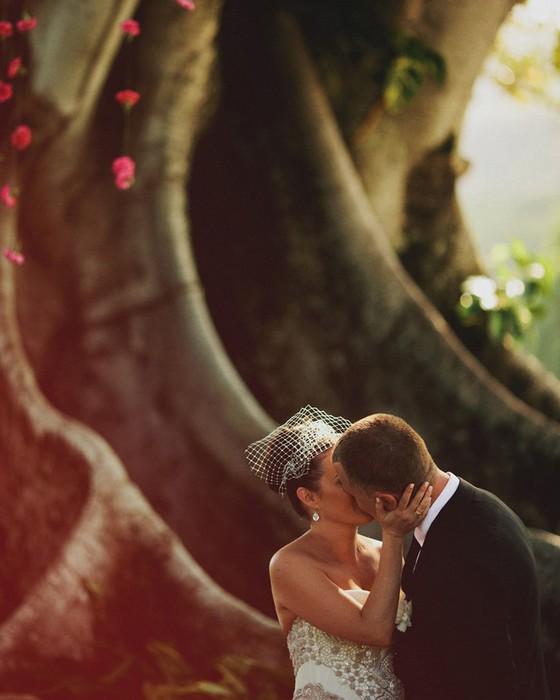 Тема свадьбы в фотографиях Jonas Peterson 11 (560x700, 65Kb)