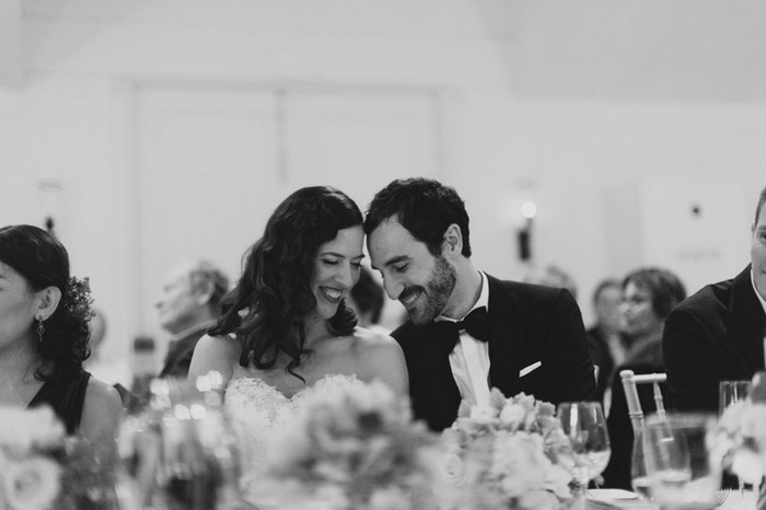 Тема свадьбы в фотографиях Jonas Peterson 19 (700x466, 45Kb)