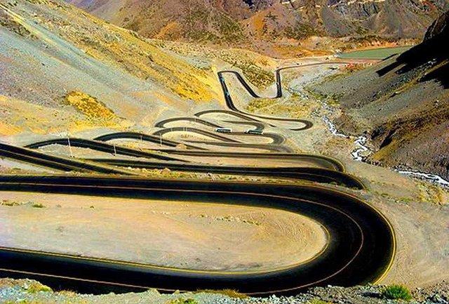 Перевал Лос Караколес – дорога между Аргентиной и Чили через Анды. (640x433, 96Kb)