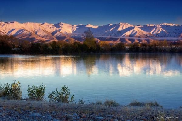 Новая Зеландия - завораживающие пейзажи21 (600x400, 202Kb)