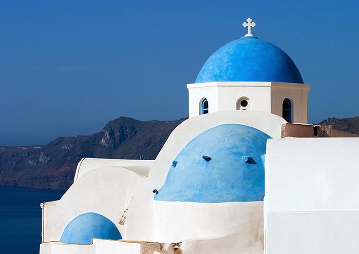 Бело-синяя церковь Ии. (700x495, 76Kb)