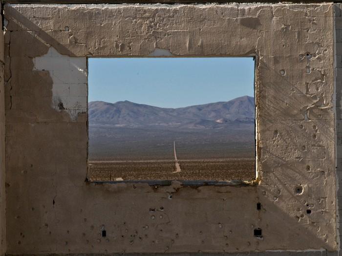 Красивый вид из окна - подборка фотографий разных авторов 12 (700x524, 90Kb)