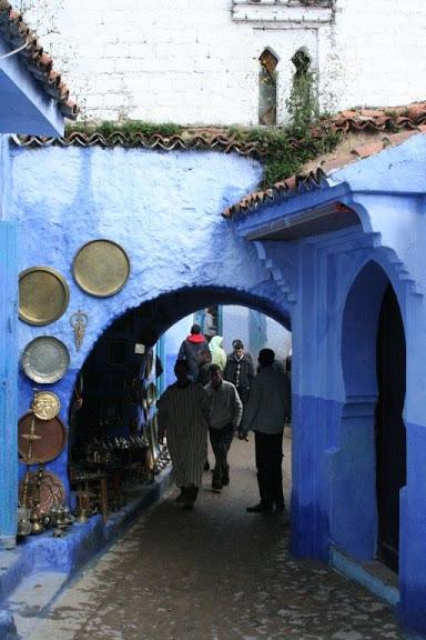 В голубом этот город всплыл, Чистота или утро в нем. 56459