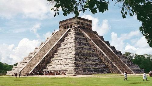 �������� ����/3380844_Piramida_Maiya (500x283, 35Kb)