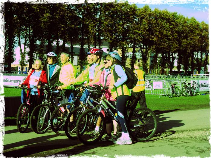 _bikers (700x525, 342Kb)
