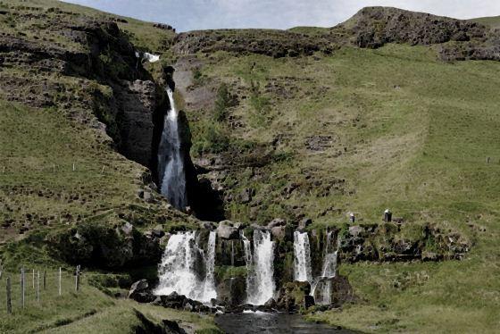 Водопады Исландии10 (560x374, 54Kb)