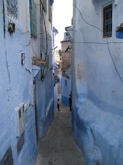 В голубом этот город всплыл, Чистота или утро в нем. 62415