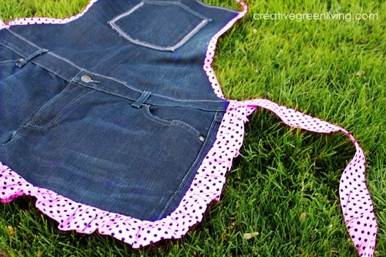 джинсовый фартук (3) (560x373, 275Kb)