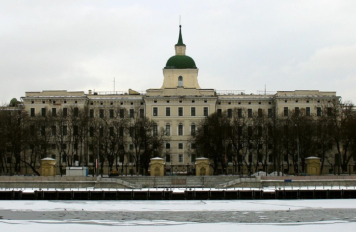 Moscow_Orphanage (700x455, 98Kb)