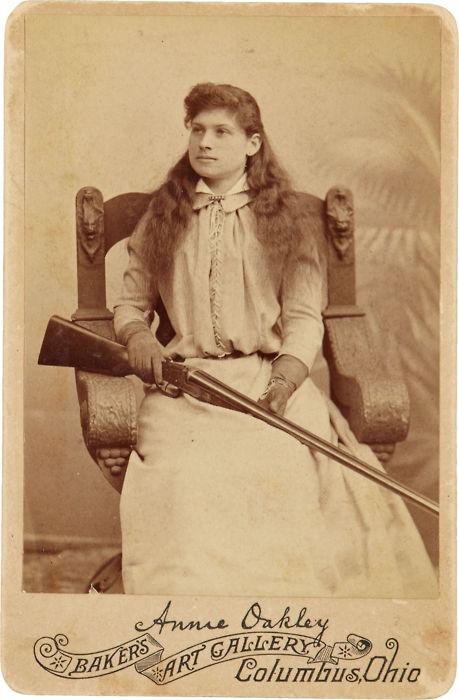 Annie Oakley (459x700, 181Kb)