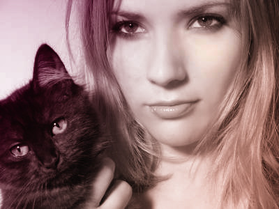 82855511_girl_with_cat_8776698_XS_40 (400x300, 28Kb)