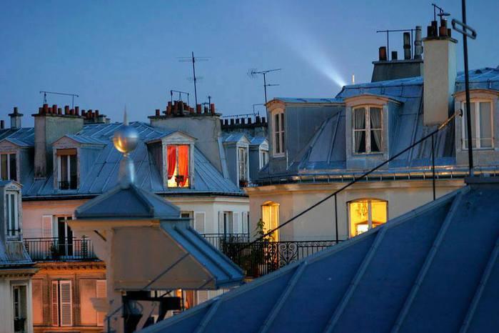 paris-la-nuit-photo (700x466, 43Kb)