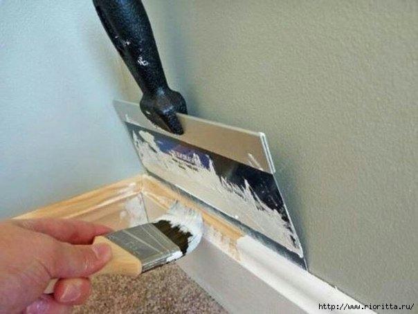 Как покрасить деревянный плинтус и не измазать краской все вокруг (604x454, 125Kb)