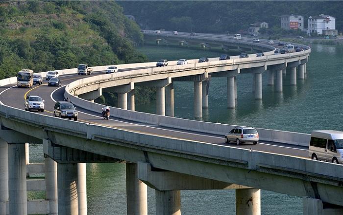 мост вдоль реки китай 5 (700x438, 324Kb)
