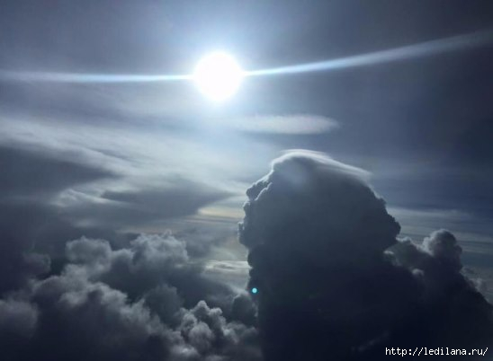 3925311_nebo_nad_oblakami (548x402, 62Kb)