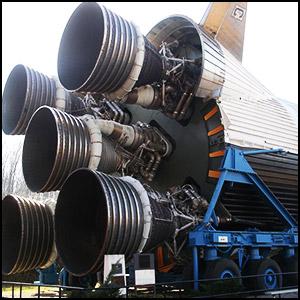Описание: Нет ракеты – нет полётов на Луну/2979159_Dayosh_Lyny (300x300, 38Kb)