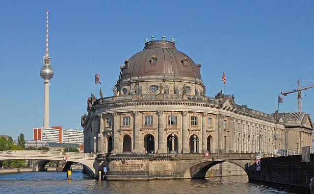 5 поступков, которые необходимо совершить в Берлине (4) (640x396, 261Kb)