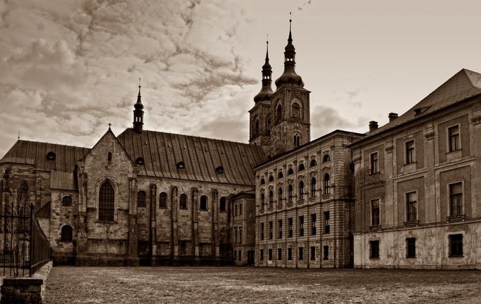 Монастырь Тепла. 67822