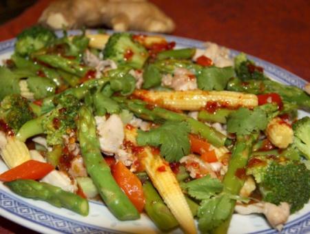 1342020193_recept-tajskij-salat-iz-kuricy-so-sparzhej (450x340, 70Kb)